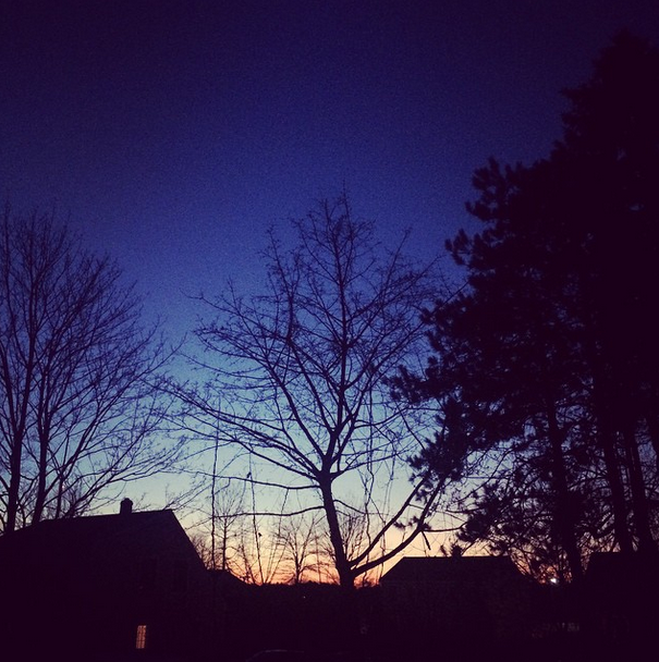 I do love the sunsets during the winter. (But that's the only thing I love about it.)