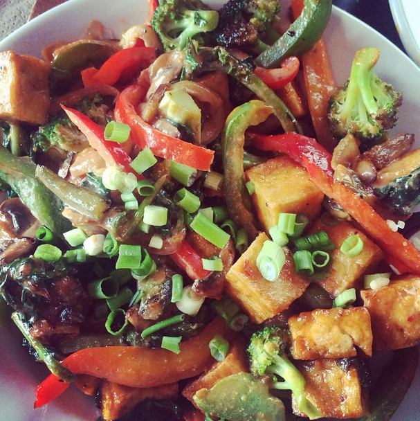 I met a couple friends at Silly's and got my favorite -- Peace, Love, & Veggies (a tofu stir-fry bowl).